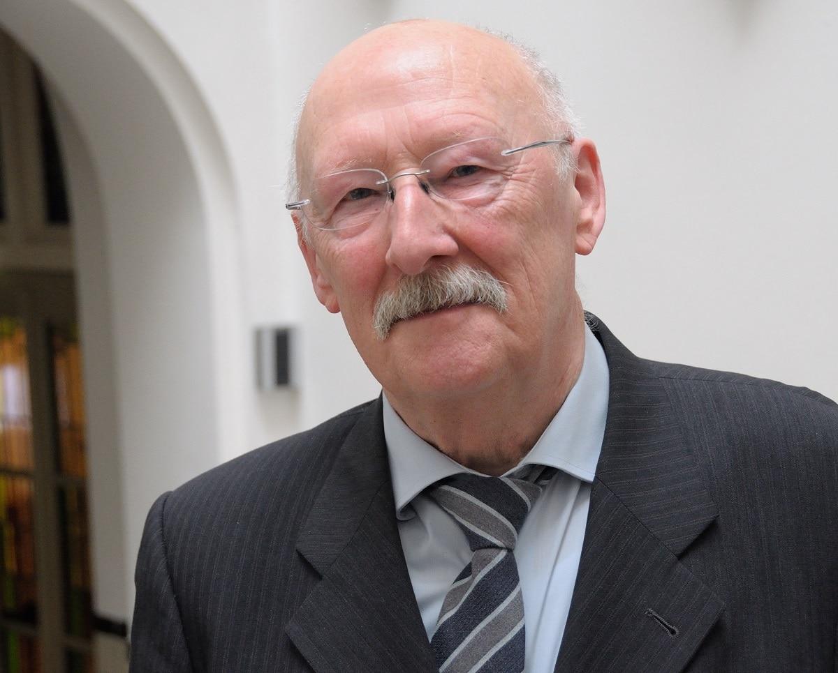 Herman De Dijn Schrijft Beste Religieuze Boek Met Kritiek